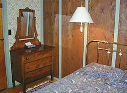 Inn Cottage Bedroom